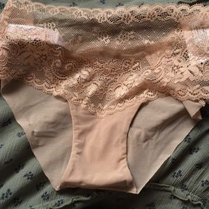 Other - NWT Nude Lace No Show Undies